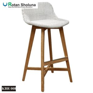 Kursi Bar Rotan Outdoor Kaki Kayu